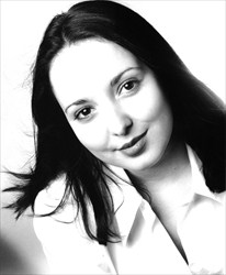 Nuala O'Neill JPEG headshot